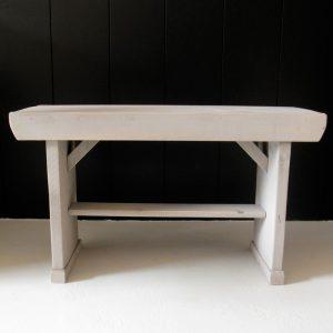 0230 Grijs houten bankje
