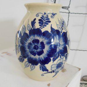 0266 Vaasje met blauw bloem