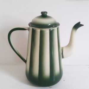 0362 Groen emaille koffiepot