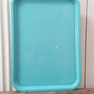 0447 Mint blauw ijzeren dienblad