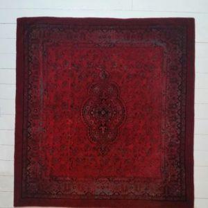 0659 Vloerkleed rood
