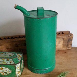 0800 Groen ijzeren olievat