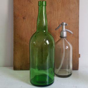 0803 Hoge smalle groene fles