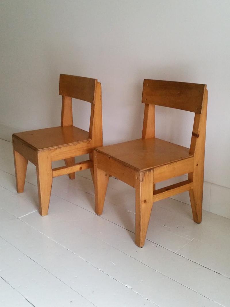 Ouderwetse Houten Kinderstoel.Vintage Houten Kinderstoeltje Frechic