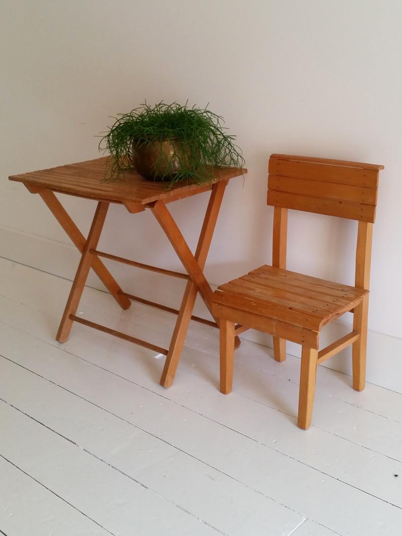Kinderstoel Met Tafeltje.Kinderstoel Met Tafeltje