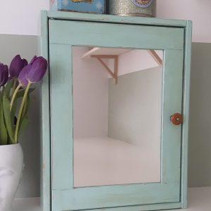 0935 Mint spiegelkastje