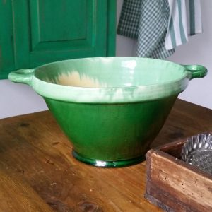 1040 Groene aardewerk schaal
