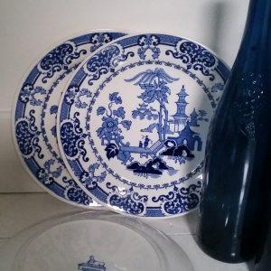 1084 Set van 3 blauwe borden